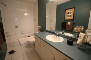 Photo 27: 1192 WEDGEWOOD Boulevard in Edmonton: Zone 20 House for sale : MLS®# E4182694
