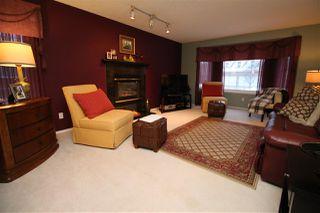 Photo 10: 1192 WEDGEWOOD Boulevard in Edmonton: Zone 20 House for sale : MLS®# E4182694