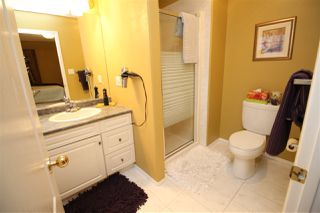 Photo 21: 1192 WEDGEWOOD Boulevard in Edmonton: Zone 20 House for sale : MLS®# E4182694