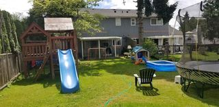 Photo 4: 5733 CRESCENT Drive in Delta: Hawthorne House Duplex for sale (Ladner)  : MLS®# R2426569