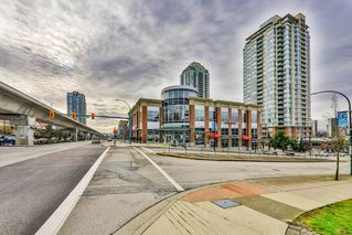 """Photo 9: 402 601 NORTH Road in Coquitlam: Coquitlam West Condo for sale in """"WOLVERTON"""" : MLS®# R2431864"""