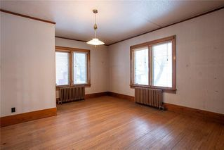 Photo 6: 492 Dominion Street in Winnipeg: Wolseley Residential for sale (5B)  : MLS®# 202005747
