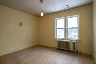 Photo 11: 492 Dominion Street in Winnipeg: Wolseley Residential for sale (5B)  : MLS®# 202005747