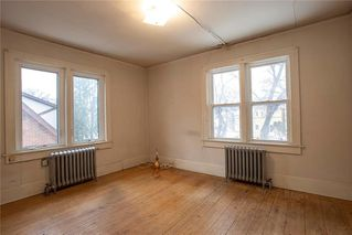 Photo 12: 492 Dominion Street in Winnipeg: Wolseley Residential for sale (5B)  : MLS®# 202005747