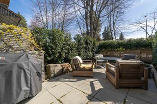 Photo 2: 535 E 31ST Avenue in Vancouver: Fraser VE House for sale (Vancouver East)  : MLS®# R2446488