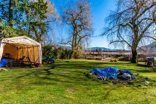 Photo 17: 35268 RIVERSIDE Road in Mission: Hatzic House for sale : MLS®# R2446435