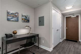 Photo 2: 3904 4900 LENNOX Lane in Burnaby: Metrotown Condo for sale (Burnaby South)  : MLS®# R2450425