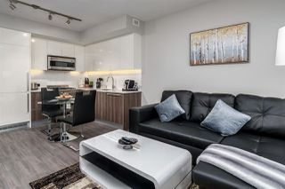 Photo 1: 3904 4900 LENNOX Lane in Burnaby: Metrotown Condo for sale (Burnaby South)  : MLS®# R2450425