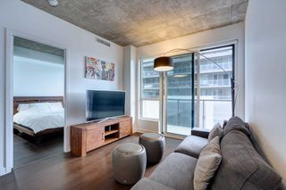 Photo 7: 744 1030 W King Street in Toronto: Niagara Condo for sale (Toronto C01)  : MLS®# C4758615
