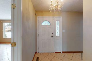Photo 2: 124 WESTRIDGE Road in Edmonton: Zone 22 House for sale : MLS®# E4199354