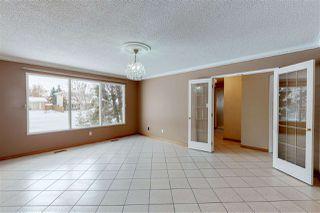 Photo 3: 124 WESTRIDGE Road in Edmonton: Zone 22 House for sale : MLS®# E4199354