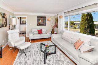 Photo 5: 531 E Burnside Rd in Victoria: Vi Burnside Single Family Detached for sale : MLS®# 840575