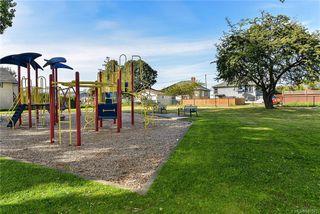 Photo 33: 531 E Burnside Rd in Victoria: Vi Burnside Single Family Detached for sale : MLS®# 840575