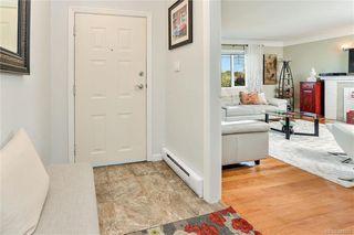 Photo 8: 531 E Burnside Rd in Victoria: Vi Burnside Single Family Detached for sale : MLS®# 840575