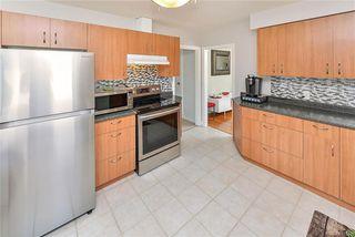 Photo 7: 531 E Burnside Rd in Victoria: Vi Burnside Single Family Detached for sale : MLS®# 840575