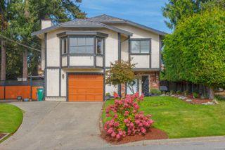 Photo 2: 770 Mann Ave in : SW Royal Oak House for sale (Saanich West)  : MLS®# 855881