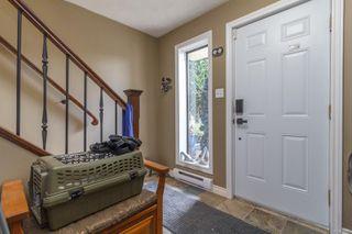 Photo 3: 770 Mann Ave in : SW Royal Oak House for sale (Saanich West)  : MLS®# 855881