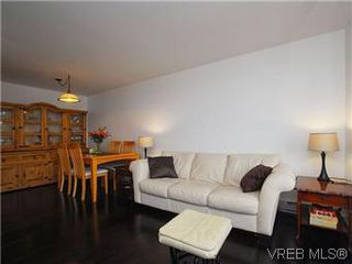 Photo 3: 1005 1630 Quadra Street in VICTORIA: Vi Central Park Condo Apartment for sale (Victoria)  : MLS®# 288963