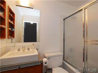 Photo 11: 1005 1630 Quadra Street in VICTORIA: Vi Central Park Condo Apartment for sale (Victoria)  : MLS®# 288963