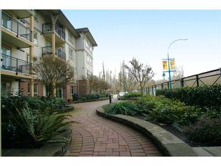 Photo 1: 205 2346 MCALLISTER Avenue in Port Coquitlam: Central Pt Coquitlam Condo for sale : MLS®# V894924