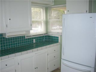 Photo 4: PACIFIC BEACH House for sale : 2 bedrooms : 4276 Lamont