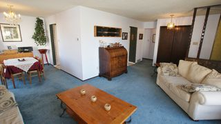 Photo 3: 122 Ashmore Drive in Winnipeg: Maples / Tyndall Park Residential for sale (North West Winnipeg)  : MLS®# 1208882