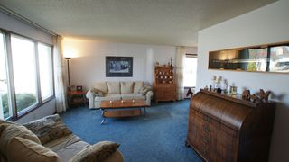 Photo 2: 122 Ashmore Drive in Winnipeg: Maples / Tyndall Park Residential for sale (North West Winnipeg)  : MLS®# 1208882