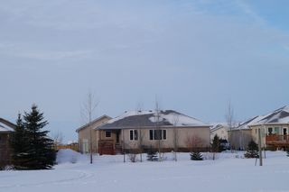 Photo 2: 5 Tyler Bay: Oakbank Single Family Detached for sale (RM Springfield)  : MLS®# 1223580