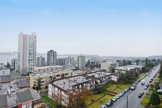 "Photo 10: 1004 110 W 4TH Street in North Vancouver: Lower Lonsdale Condo for sale in ""Ocean Vista"" : MLS®# V1064445"