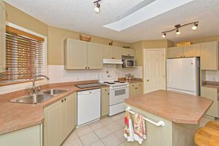Photo 5: 278 VALLEY BROOK CIR NW in Calgary: Valley Ridge Residential Detached Single Family  : MLS®# C3639142