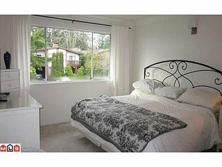 """Photo 3: 1354 129A Street in Surrey: Crescent Bch Ocean Pk. House for sale in """"Ocean Park"""" (South Surrey White Rock)  : MLS®# F1425904"""