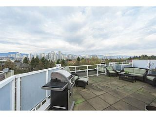 "Photo 6: A2 1100 W 6TH Avenue in Vancouver: Fairview VW Townhouse for sale in ""FAIRVIEW PLACE"" (Vancouver West)  : MLS®# V1094784"