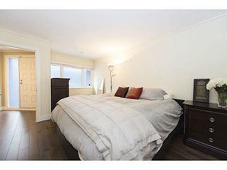 "Photo 16: A2 1100 W 6TH Avenue in Vancouver: Fairview VW Townhouse for sale in ""FAIRVIEW PLACE"" (Vancouver West)  : MLS®# V1094784"