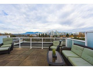 "Photo 4: A2 1100 W 6TH Avenue in Vancouver: Fairview VW Townhouse for sale in ""FAIRVIEW PLACE"" (Vancouver West)  : MLS®# V1094784"