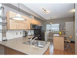 "Photo 3: 18 730 FARROW Street in Coquitlam: Coquitlam West Townhouse for sale in ""FARROW RIDGE"" : MLS®# V1097692"