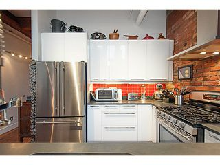 "Photo 8: 7-12 550 BEATTY Street in Vancouver: Downtown VW Condo for sale in ""550 Beatty"" (Vancouver West)  : MLS®# V1105963"