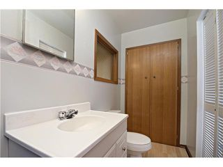 Photo 10: 3112 LANCASTER Way SW in Calgary: Lakeview House for sale : MLS®# C3654230