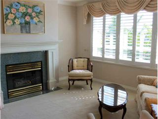 "Photo 3: 202 1250 55TH Street in Tsawwassen: Cliff Drive Condo for sale in ""SANDOLLAR"" : MLS®# V1121099"