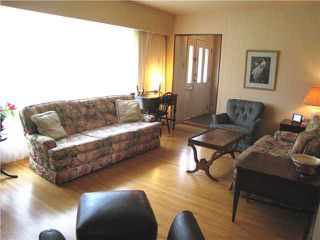 Photo 3: 3726 WATLING Street in Burnaby: Suncrest House for sale (Burnaby South)  : MLS®# V1125311