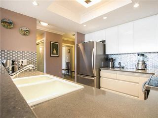 """Photo 15: 703 1128 QUEBEC Street in Vancouver: Mount Pleasant VE Condo for sale in """"The National"""" (Vancouver East)  : MLS®# V1138628"""