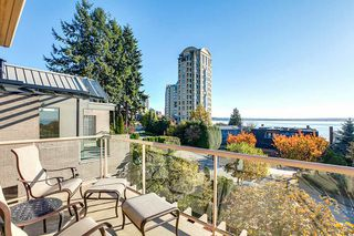 Photo 4: 2309 BELLEVUE Avenue in West Vancouver: Dundarave 1/2 Duplex for sale : MLS®# R2023795