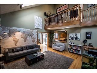 Photo 3: 5947 COACH HILL Road SW in Calgary: Coach Hill House for sale : MLS®# C4056970