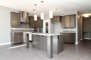 Photo 4: 222 Labine Bend in Saskatoon: KE-Kensington Single Family Dwelling for sale (Saskatoon Area 05)  : MLS®# 579379