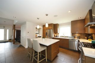 Photo 5: 1005 POLEWE Place in Squamish: Garibaldi Highlands House for sale : MLS®# R2094190