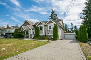 Photo 1: 691 FIRDALE Street in Coquitlam: Central Coquitlam House for sale : MLS®# R2101344