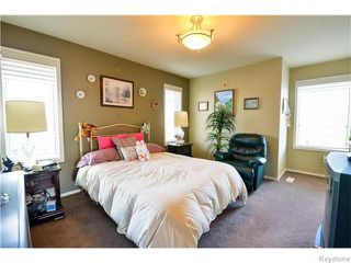 Photo 11: 35 Edenwood Place in Winnipeg: Royalwood Residential for sale (2J)  : MLS®# 1626316