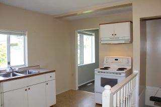 Photo 7: 230 CARIBOO Avenue in Hope: Hope Center House for sale : MLS®# R2143805