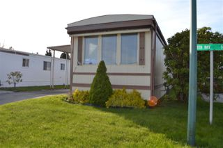 """Photo 14: 165 1840 160 Street in Surrey: King George Corridor Manufactured Home for sale in """"Breakaway Bays"""" (South Surrey White Rock)  : MLS®# R2158466"""