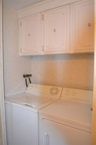 """Photo 8: 165 1840 160 Street in Surrey: King George Corridor Manufactured Home for sale in """"Breakaway Bays"""" (South Surrey White Rock)  : MLS®# R2158466"""