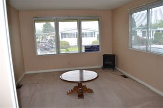 """Photo 4: 165 1840 160 Street in Surrey: King George Corridor Manufactured Home for sale in """"Breakaway Bays"""" (South Surrey White Rock)  : MLS®# R2158466"""